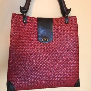 Handbags - Red straw basket handbag tote
